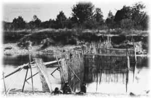 Tzeachten fishing weirschildren - Royal BC Museum